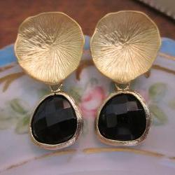 Black Onyx Earrings with Gold Mushroom Coral - Bridesmaid Earrings - Bridal Earrings